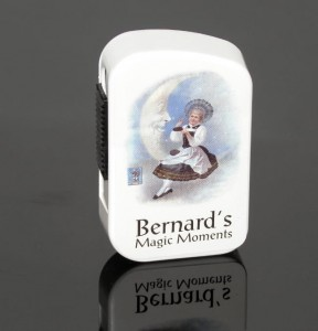 Tabaka Bernard Magic Moments White 10g beztytoniowa